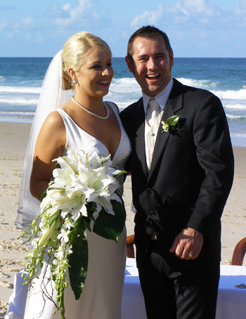 Marry Me Mariilyn Wedding Celebrant for Angela & David's Wedding at Palm Beach Gold Coast South East Queensland