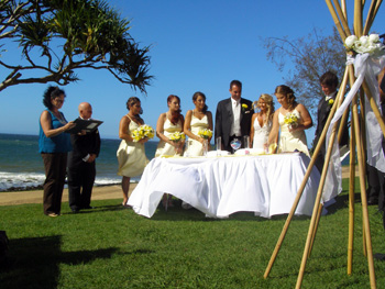 Debbie & Tony had a beautiful Wedding on valentine's Day at Burleigh Heads on the Gold Coast and included a Sand Ceremony.