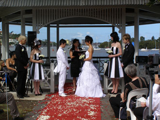 Holly and Sam Commitment Ceremony at Newstead Park in Fortitude Valley on the Brisbane River in Brisbane City with Marilyn Verschuure - Marry Me Marilyn