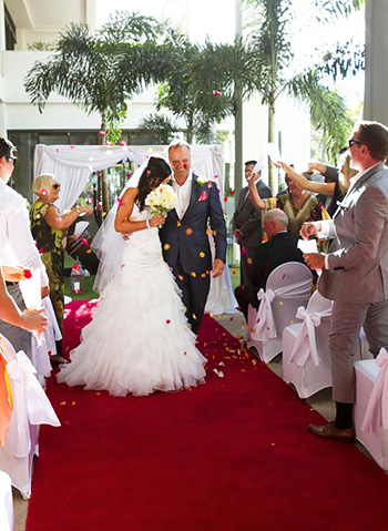 Marry Me Marilyn Wedding Marriott Surfers Paradise
