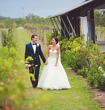Marry Me Marily married Nicola & Simon at the beautiful Sirromet Winery Mt Cotton Redlands