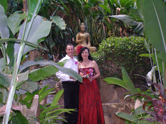 Marilyn and Marcel Verschuure celebrate a Conscious Marriage with a spiritual Wedding Ceremony infused with consciousness and love.